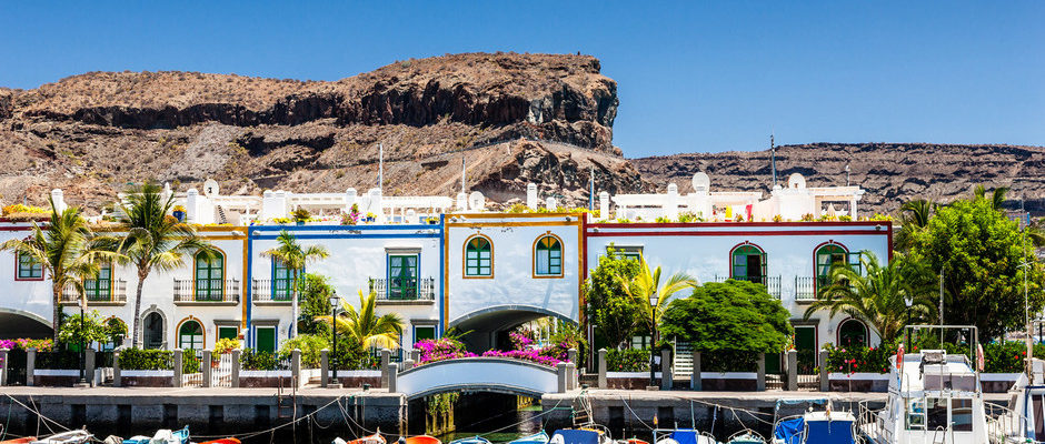 FEW RESTAURANTS AT LAS PALMAS & GRAN CANARIA